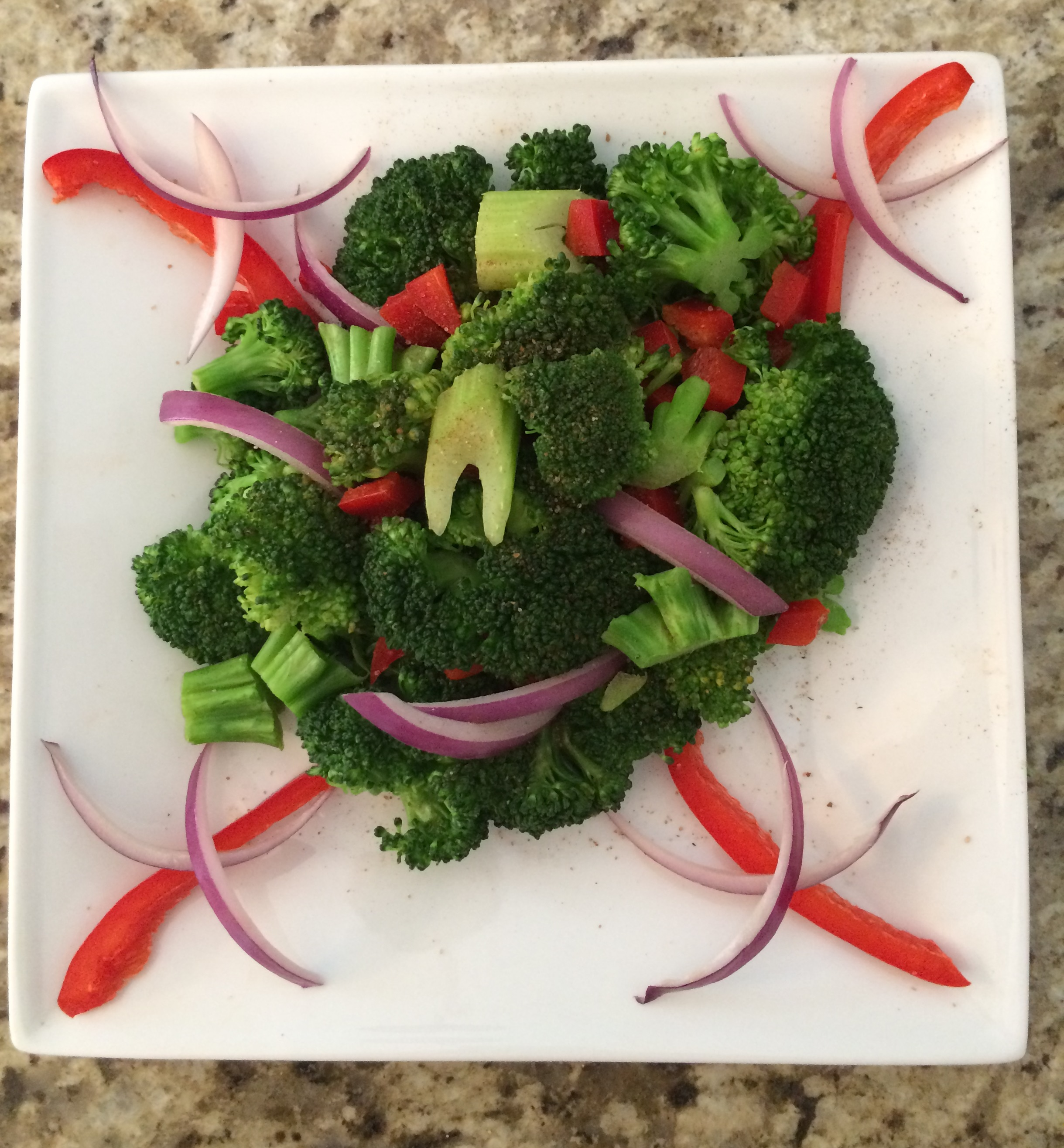 Broccoli Pepper Salad